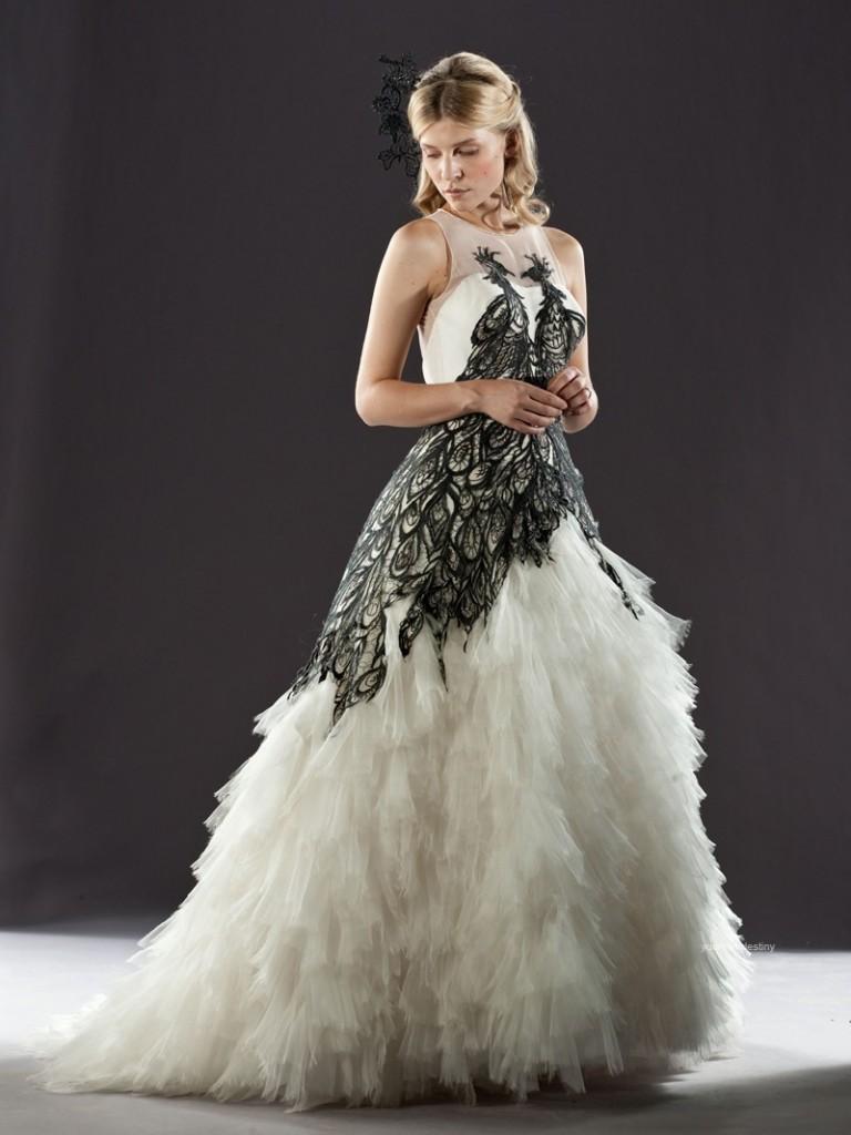 Изысканное свадебное платье с многослойной юбкой. Тренды и направления в Свадебной моде 2014-2015