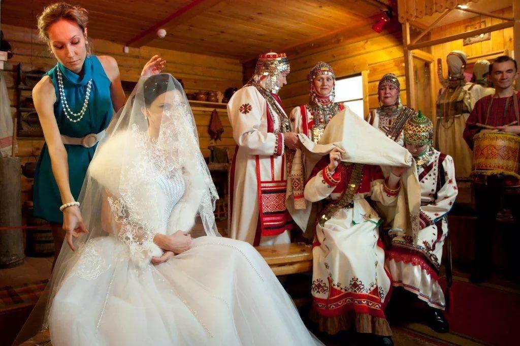Заговоры и ритуалы, которые помогут притянуть любовь или мужа на Красную горку