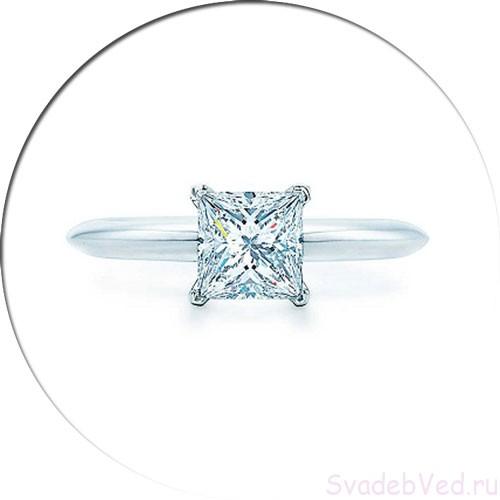 Форма камня на обручальном кольце квадрат (Принцесса)